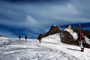 8 Days Rwenzori Mountains hiking trip - Start of hike from Nyakalengija to Nyabitaba Hut