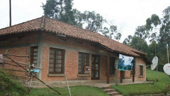 Gisakura Guest House