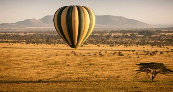 Hot air balloon safaris in Serengeti